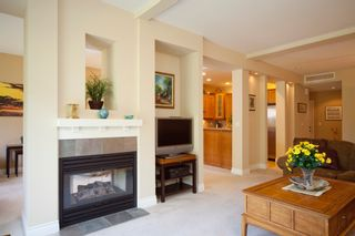 """Photo 4: 33 16655 64 Avenue in Surrey: Cloverdale BC Townhouse for sale in """"Ridgewoods Estates"""" (Cloverdale)  : MLS®# F1013342"""