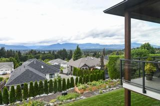 Photo 38: 859 Thorpe Ave in : CV Courtenay East House for sale (Comox Valley)  : MLS®# 856535