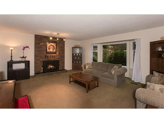 """Photo 2: Photos: 9725 155A Street in Surrey: Guildford House for sale in """"BRIARWOOD"""" (North Surrey)  : MLS®# F1430730"""
