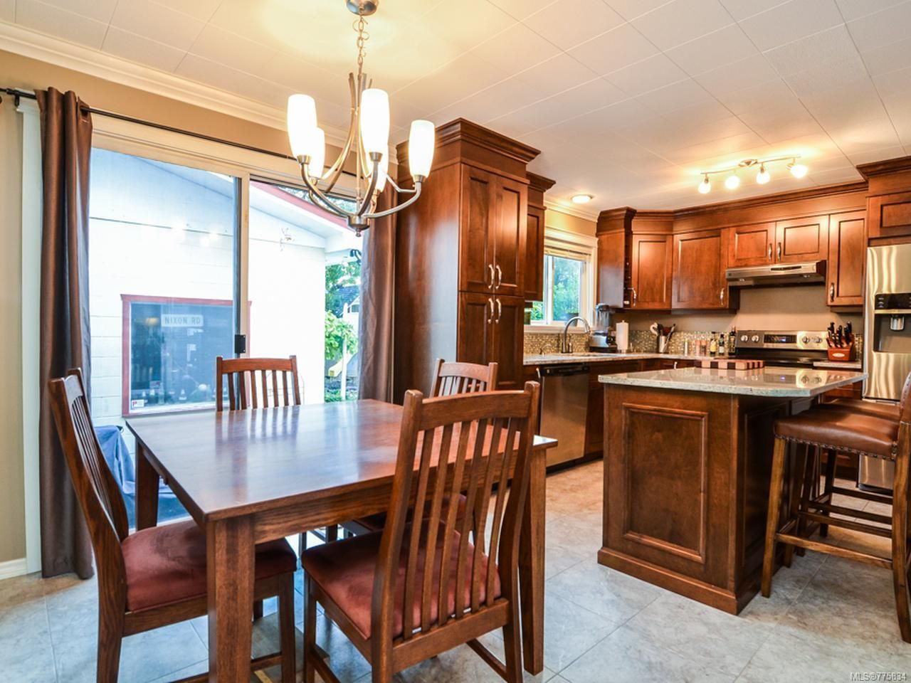 Main Photo: 1760 15th Ave in CAMPBELL RIVER: CR Campbell River West House for sale (Campbell River)  : MLS®# 775834