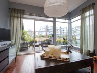 """Photo 4: 1592 ISLAND PARK Walk in Vancouver: False Creek Townhouse for sale in """"LAGOONS"""" (Vancouver West)  : MLS®# V1099043"""