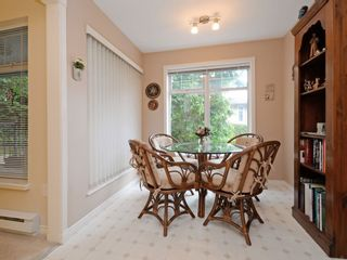 """Photo 8: 110 1140 STRATHAVEN Drive in North Vancouver: Northlands Condo for sale in """"Strathaven"""" : MLS®# R2178970"""