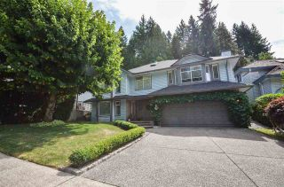 Photo 2: 24 FLAVELLE DRIVE in Port Moody: Barber Street House for sale : MLS®# R2488601