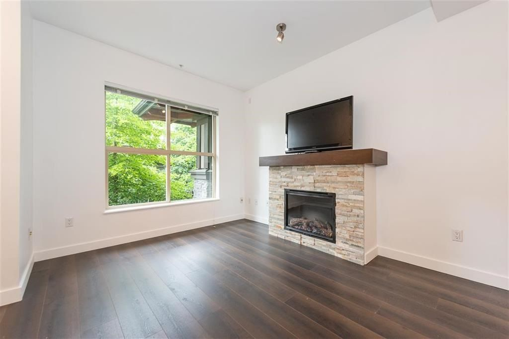 """Photo 2: Photos: 9 307 E 15TH Street in North Vancouver: Central Lonsdale Townhouse for sale in """"AVONDALE"""" : MLS®# R2477092"""