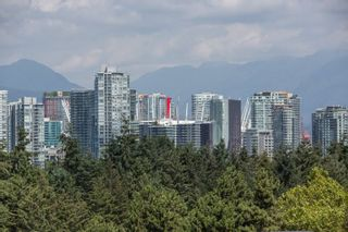 "Photo 25: 208 943 W 8TH Avenue in Vancouver: Fairview VW Condo for sale in ""Southport"" (Vancouver West)  : MLS®# R2487297"
