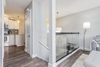 Photo 3: 1807 27 Avenue SW in Calgary: South Calgary Row/Townhouse for sale : MLS®# A1129808