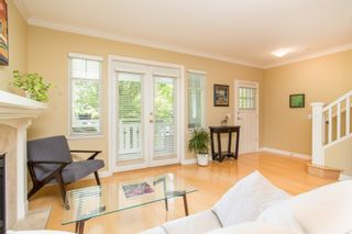 "Photo 6: 5412 LARCH Street in Vancouver: Kerrisdale Townhouse for sale in ""LARCHWOOD"" (Vancouver West)  : MLS®# R2466772"