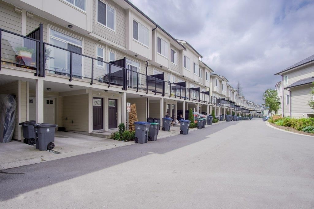 Main Photo: 30 13670 62 Avenue in Surrey: Sullivan Station Townhouse for sale : MLS®# R2611039