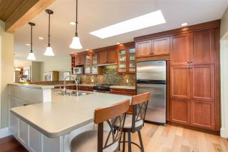 Photo 8: 2317 MARINE Drive in West Vancouver: Dundarave 1/2 Duplex for sale : MLS®# R2504990
