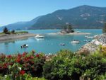 """Main Photo: 54 BEACH Drive: Furry Creek Townhouse for sale in """"Oliver's Landing"""" (West Vancouver)  : MLS®# R2561672"""