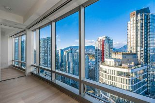 """Photo 2: 2906 1151 W GEORGIA Street in Vancouver: Coal Harbour Condo for sale in """"Trump International Hotel and Tower Vancouver"""" (Vancouver West)  : MLS®# R2543391"""