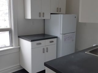 Photo 1: Upper 111 Carlaw Avenue in Toronto: South Riverdale House (Apartment) for lease (Toronto E01)  : MLS®# E5124494