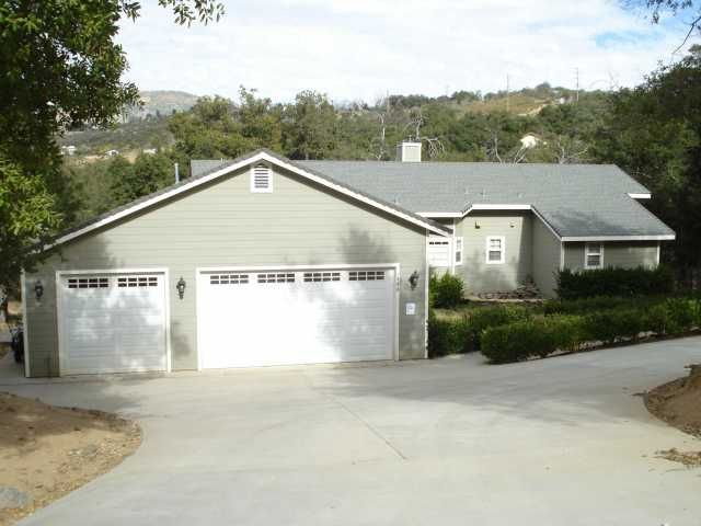 Main Photo: SANTA YSABEL House for sale : 3 bedrooms : 1305 Lakedale