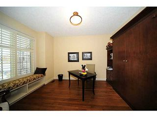 Photo 3: 96 EVERGREEN Plaza SW in CALGARY: Shawnee Slps Evergreen Est Residential Detached Single Family for sale (Calgary)  : MLS®# C3544527