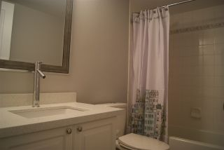 """Photo 4: 206 20288 54 Avenue in Langley: Langley City Condo for sale in """"Cavalier Court"""" : MLS®# R2192367"""