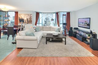 """Photo 3: 301 789 JERVIS Street in Vancouver: West End VW Condo for sale in """"JERVIS COURT"""" (Vancouver West)  : MLS®# R2236913"""