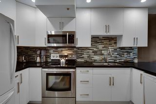 """Photo 15: 323 1500 PENDRELL Street in Vancouver: West End VW Condo for sale in """"Pendrell Mews"""" (Vancouver West)  : MLS®# R2619137"""