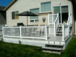 Photo 2: 28 CRAIGMOHR Drive in Winnipeg: Fort Garry / Whyte Ridge / St Norbert Single Family Detached for sale (South Winnipeg)  : MLS®# 2618748