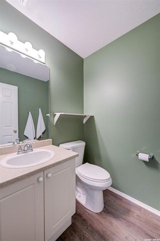 Photo 16: 8 215 Pinehouse Drive in Saskatoon: Lawson Heights Residential for sale : MLS®# SK859033