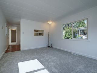 Photo 7: 49 2911 Sooke Lake Rd in Langford: La Langford Proper Manufactured Home for sale : MLS®# 843955