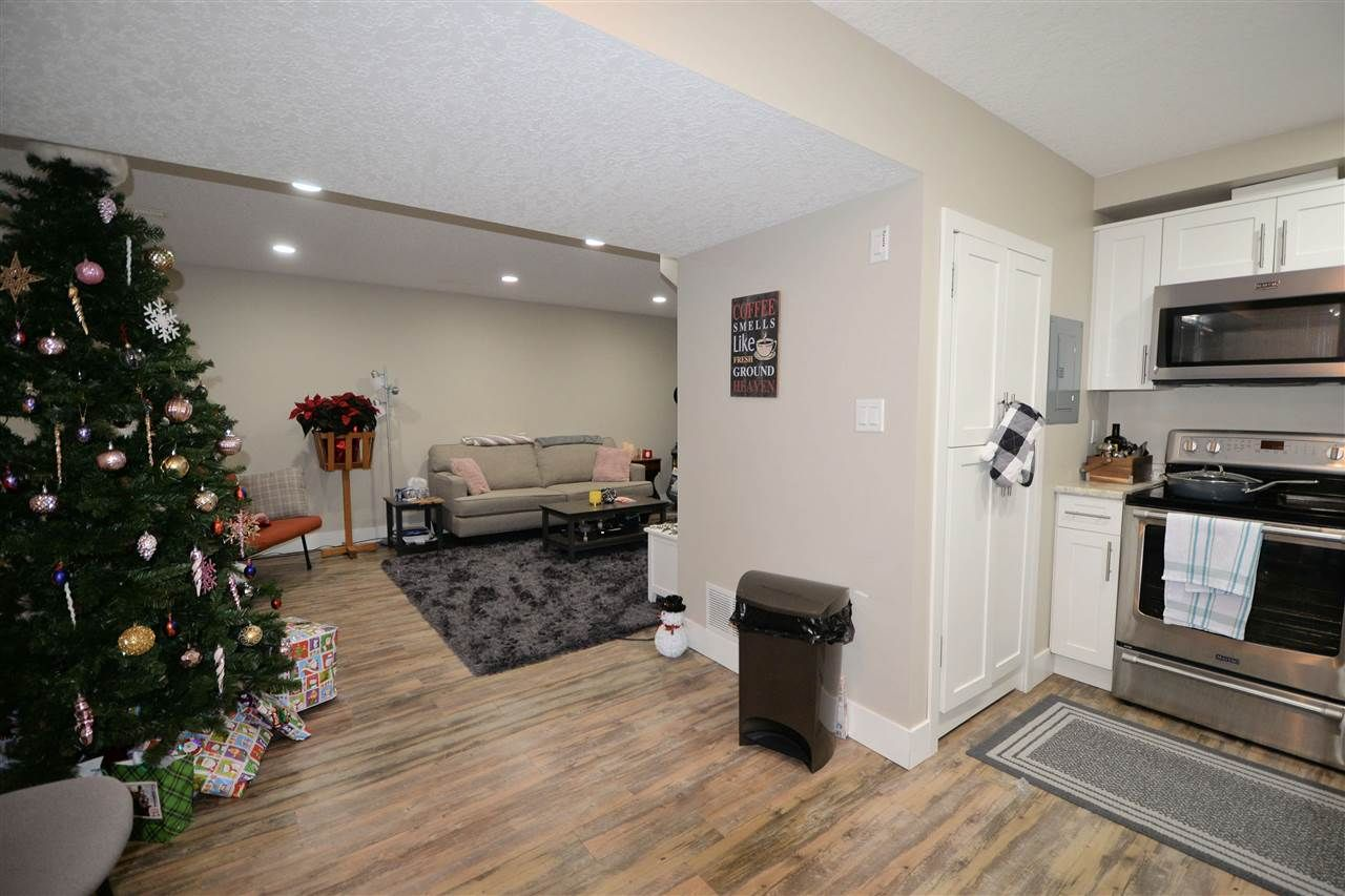 """Photo 13: Photos: 902 JOHNSON Street in Prince George: Central House for sale in """"Central"""" (PG City Central (Zone 72))  : MLS®# R2523985"""