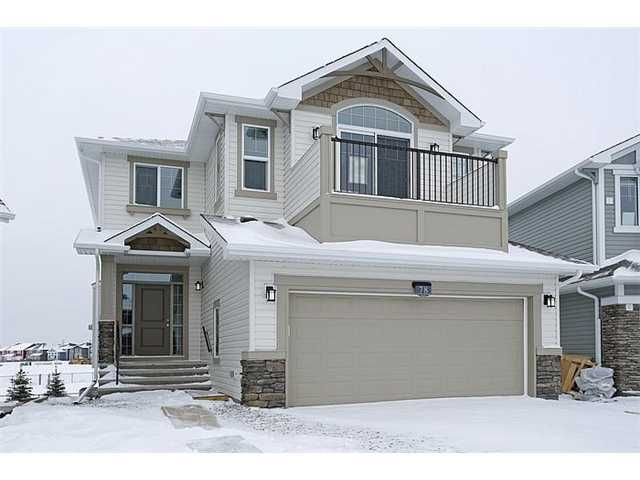 Large family home with 4 bedrooms up. 2475 sq. ft. of quality living space. Full walkout basement. Sliding doors in the bonus room open to a balcony. Backs to park.