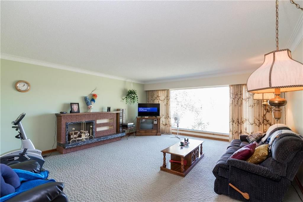 Photo 8: Photos: 6040 PTH 2 . Highway in Oak Bluff: RM of MacDonald Residential for sale (R08)  : MLS®# 202021001