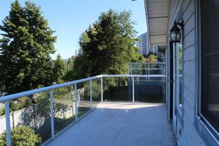 "Photo 19: 130 28 RICHMOND Street in New Westminster: Fraserview NW Townhouse for sale in ""Castle Ridge"" : MLS®# R2466235"