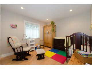 """Photo 8: 1938 ADANAC Street in Vancouver: Hastings 1/2 Duplex for sale in """"COMMERCIAL DRIVE"""" (Vancouver East)  : MLS®# V887660"""