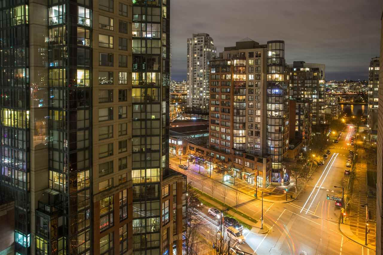 Main Photo: 1506 388 DRAKE STREET in : Yaletown Condo for sale : MLS®# R2331120