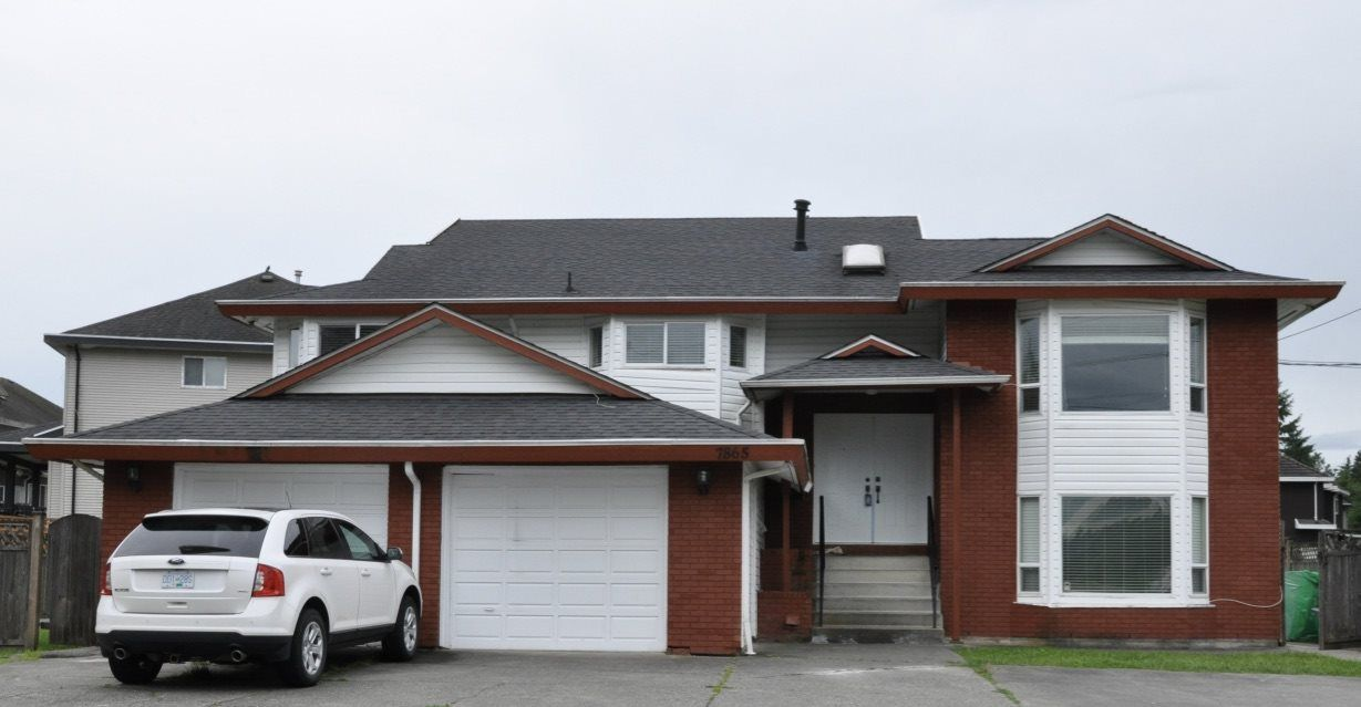 Main Photo: 7865 148 Street in Surrey: East Newton House for sale : MLS®# R2541568