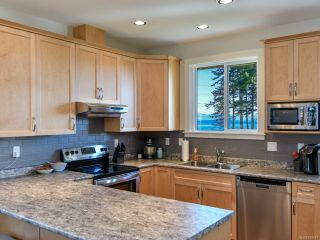 Photo 6: 4 91 Dahl Rd in CAMPBELL RIVER: CR Willow Point House for sale (Campbell River)  : MLS®# 828077