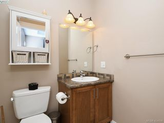 Photo 10: 1284 Kingfisher Pl in VICTORIA: La Langford Lake House for sale (Langford)  : MLS®# 837403