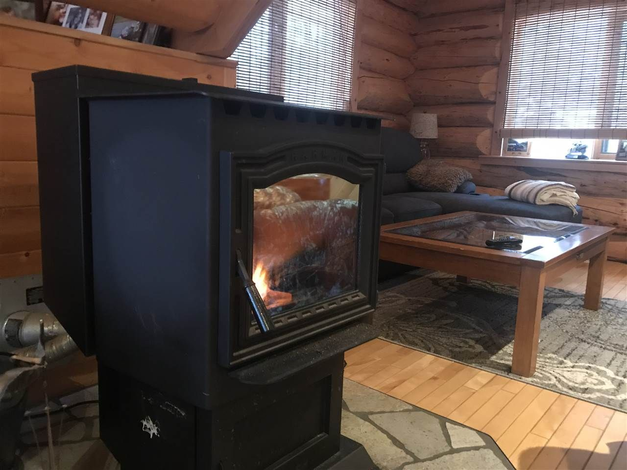 Photo 7: Photos: 13188 PRESTON Road in Charlie Lake: Fort St. John - Rural W 100th House for sale (Fort St. John (Zone 60))  : MLS®# R2524005
