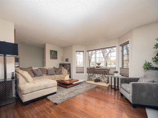 Photo 6: 9727 102 Street NW in Edmonton: Zone 12 Attached Home for sale : MLS®# E4241955