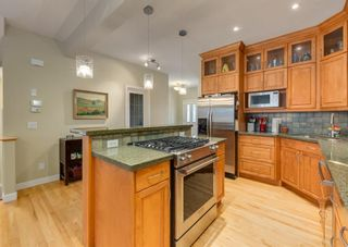 Photo 10: 2015 6 Avenue NW in Calgary: West Hillhurst Semi Detached for sale : MLS®# A1105815