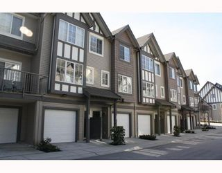 """Photo 1: 34 8533 CUMBERLAND Place in Burnaby: The Crest Townhouse for sale in """"CHANCERY LANE"""" (Burnaby East)  : MLS®# V758418"""