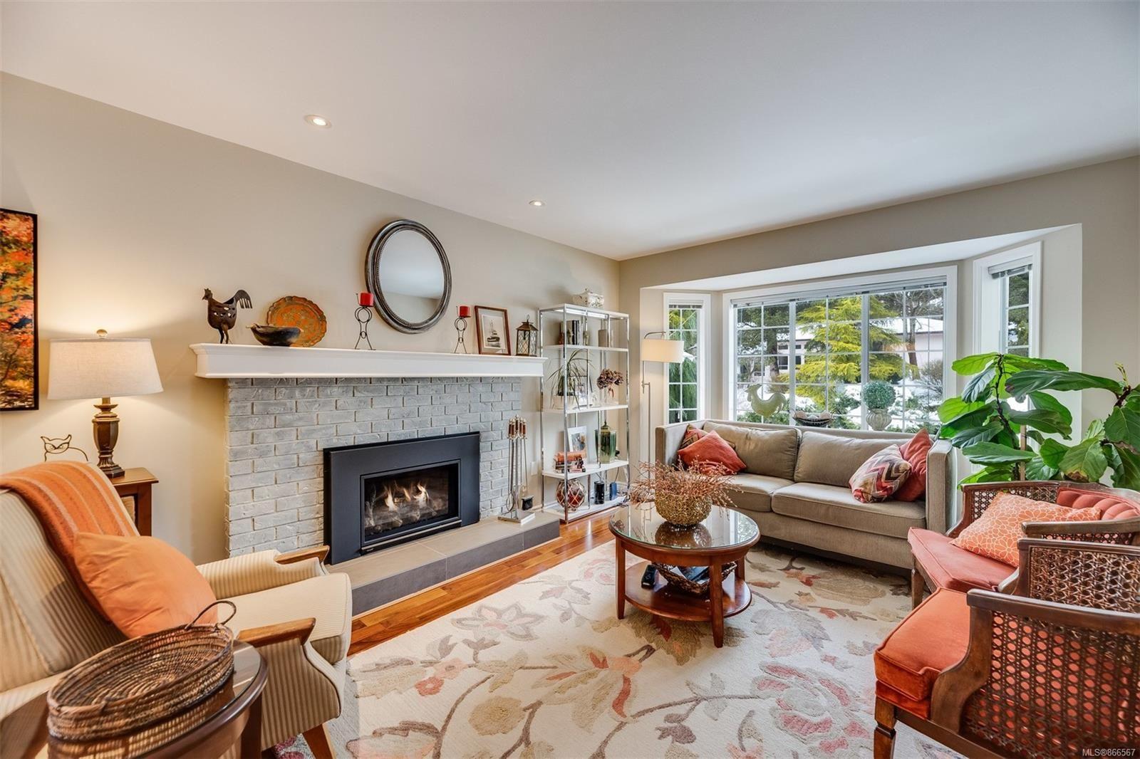 Main Photo: 8593 Deception Pl in : NS Dean Park House for sale (North Saanich)  : MLS®# 866567