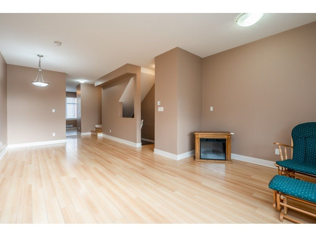 """Photo 9: Photos: 57 13899 LAUREL Drive in Surrey: Whalley Townhouse for sale in """"Emerald Gardens"""" (North Surrey)  : MLS®# R2527402"""