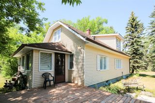 Photo 2: 27102 BOUNDARY Road N in Cooks Creek: House for sale : MLS®# 202118693