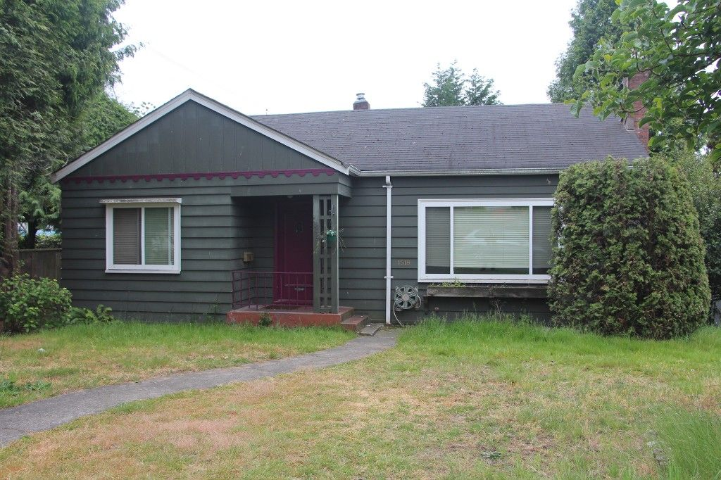 Main Photo:  in Vancouver: South Granville House for rent (Vancouver West)  : MLS®# AR020