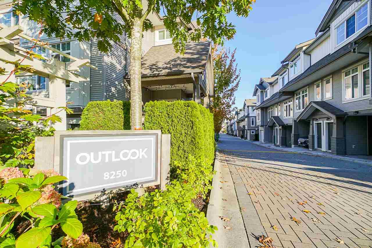 "Main Photo: 29 8250 209B Street in Langley: Willoughby Heights Townhouse for sale in ""Outlook"" : MLS®# R2512502"