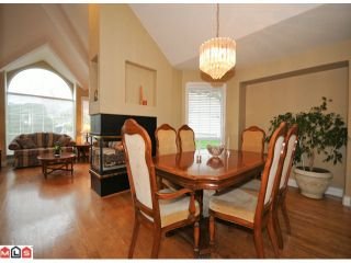"""Photo 5: 5938 190A Street in Surrey: Cloverdale BC House for sale in """"Rosewood Park"""" (Cloverdale)  : MLS®# F1007031"""