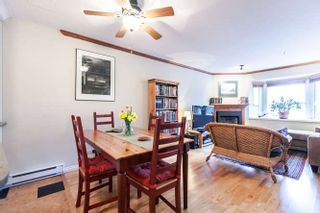 Photo 5: 2308 VINE STREET in Vancouver: Kitsilano Townhouse  (Vancouver West)  : MLS®# R2039868