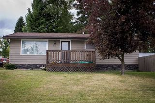 "Main Photo: 641 PIERCE Street in Quesnel: Quesnel - Town House for sale in ""UPLANDS"" (Quesnel (Zone 28))  : MLS®# R2383878"