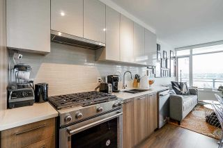 """Photo 5: 711 258 NELSON'S Court in New Westminster: Sapperton Condo for sale in """"The Columbia"""" : MLS®# R2584289"""