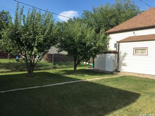 Photo 7: 403 I Avenue North in Saskatoon: Westmount Residential for sale : MLS®# SK858437