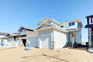 Photo 1: 554 Burgess Crescent in Saskatoon: Rosewood Residential for sale : MLS®# SK851368