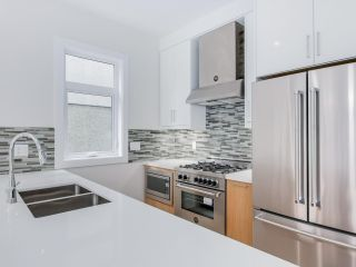 Photo 11: 548 E 10TH Avenue in Vancouver: Mount Pleasant VE 1/2 Duplex for sale (Vancouver East)  : MLS®# R2085035