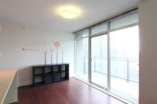 Photo 3: 1801 888 HOMER STREET in Vancouver: Downtown VW Condo for sale (Vancouver West)  : MLS®# R2217954